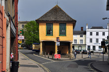 Faringdon, The old Town Hall, Berkshire © Mick Lobb